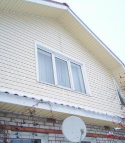 деревянный дом пластиковые окна